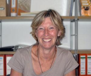 PROJEKT LERNHILFE, Leiterin Regina Winkler, bietet Ihnen Schülernachhilfe, sowie Sprachschulungen in Englisch, Spanisch, Französisch und Latein in der Wedemark